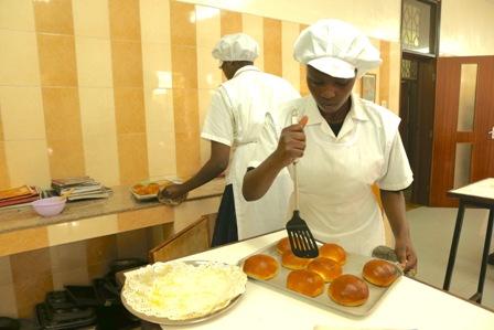 Kimlea bun making